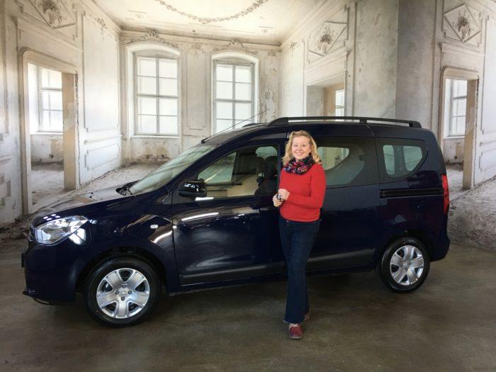 Dacia Dokker Comfort Marine Blau