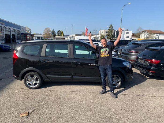 Kundengaleri Dacia Lodgy Stepway Perlmutt Schwarz