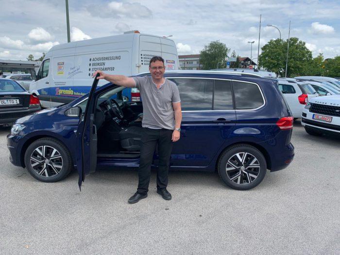 Kundengalerie Volkswagen Touran Higline Atlantik Blue
