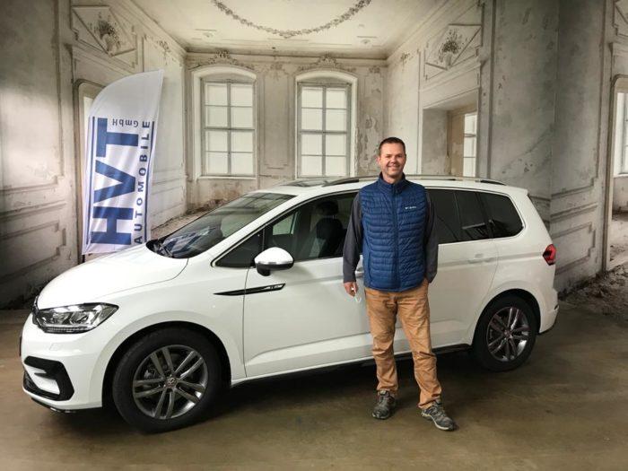 Volkswagen Touran R-Line Oryx Weiss Metallic