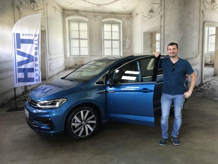 VW Touran 1.5 TSI EVO DSG R-Line Carribean Blue Metallic