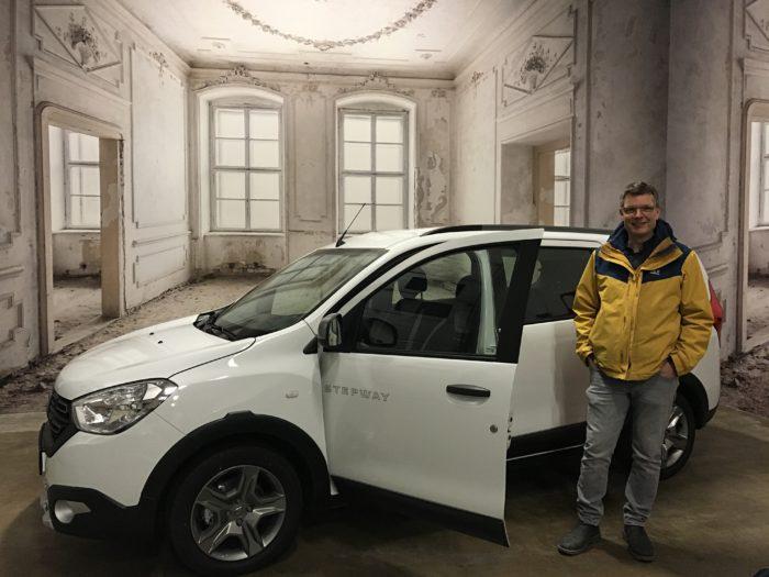 Dacia Lodgy Facelift Benzin TCe 130 GPF Stepway 7-Sitzer Arktis weiß