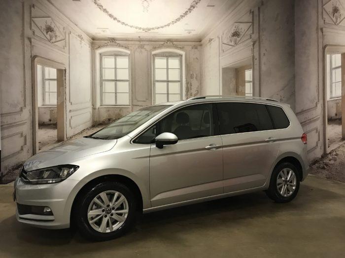 VW Touran 1.5 TSI EVO Highline Reflexsilber Metallic