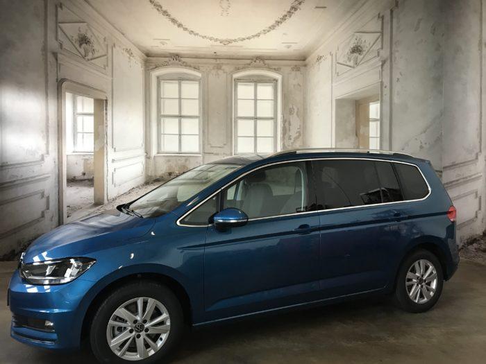 VW Touran MJ 2021 2.0 TDI Highline Carribean blue Metallic