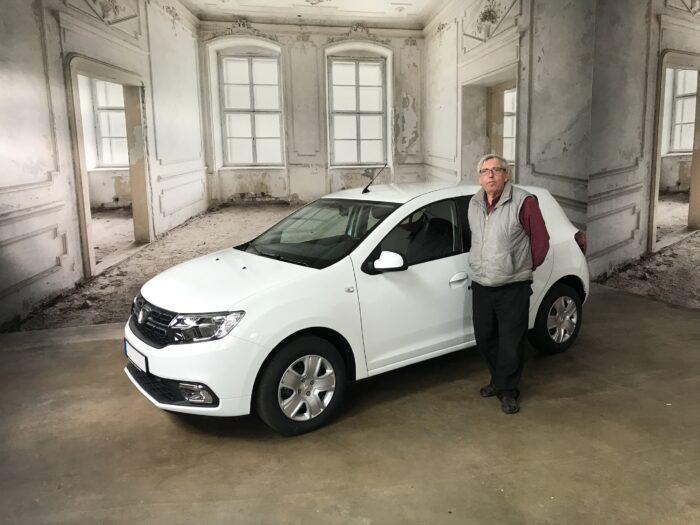 Dacia_Sandero_weiß